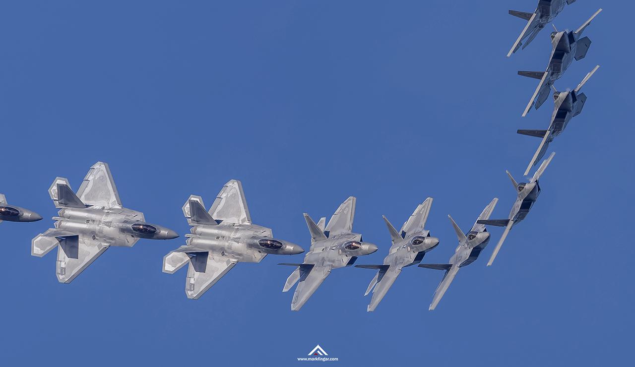 IMAGE: http://markfingar.com/photogallery/Aircraft/Langley_2018/RaptorRollDetail.jpg