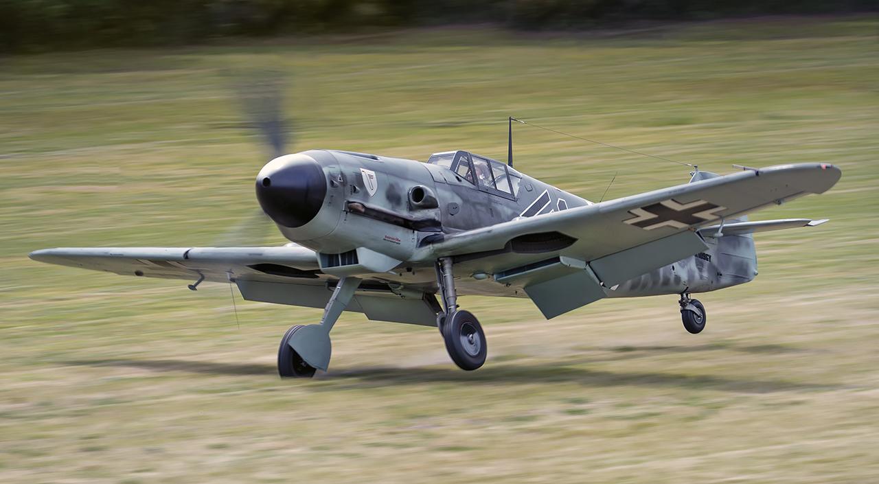 IMAGE: http://markfingar.com/photogallery/Aircraft/MAM_WOTB_2016/109_landing.jpg