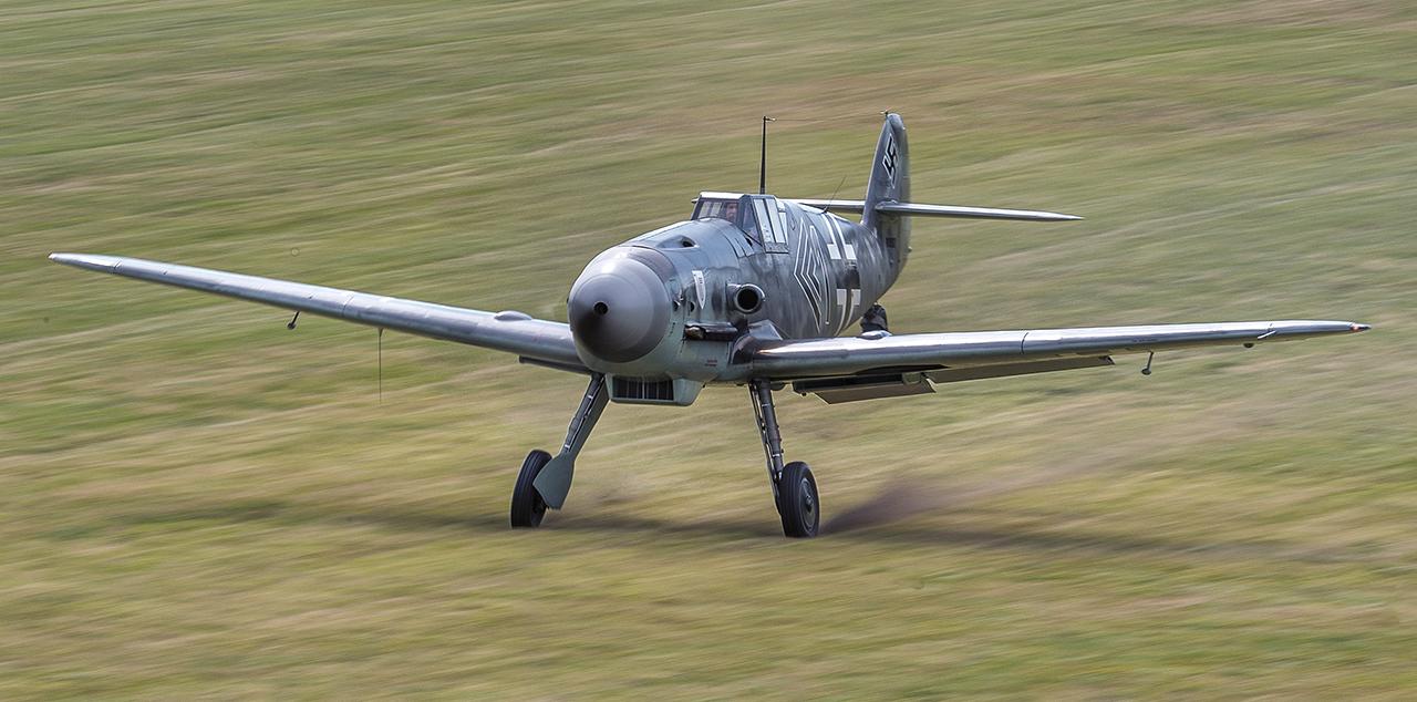 IMAGE: http://markfingar.com/photogallery/Aircraft/MAM_WOTB_2016/109_to.jpg