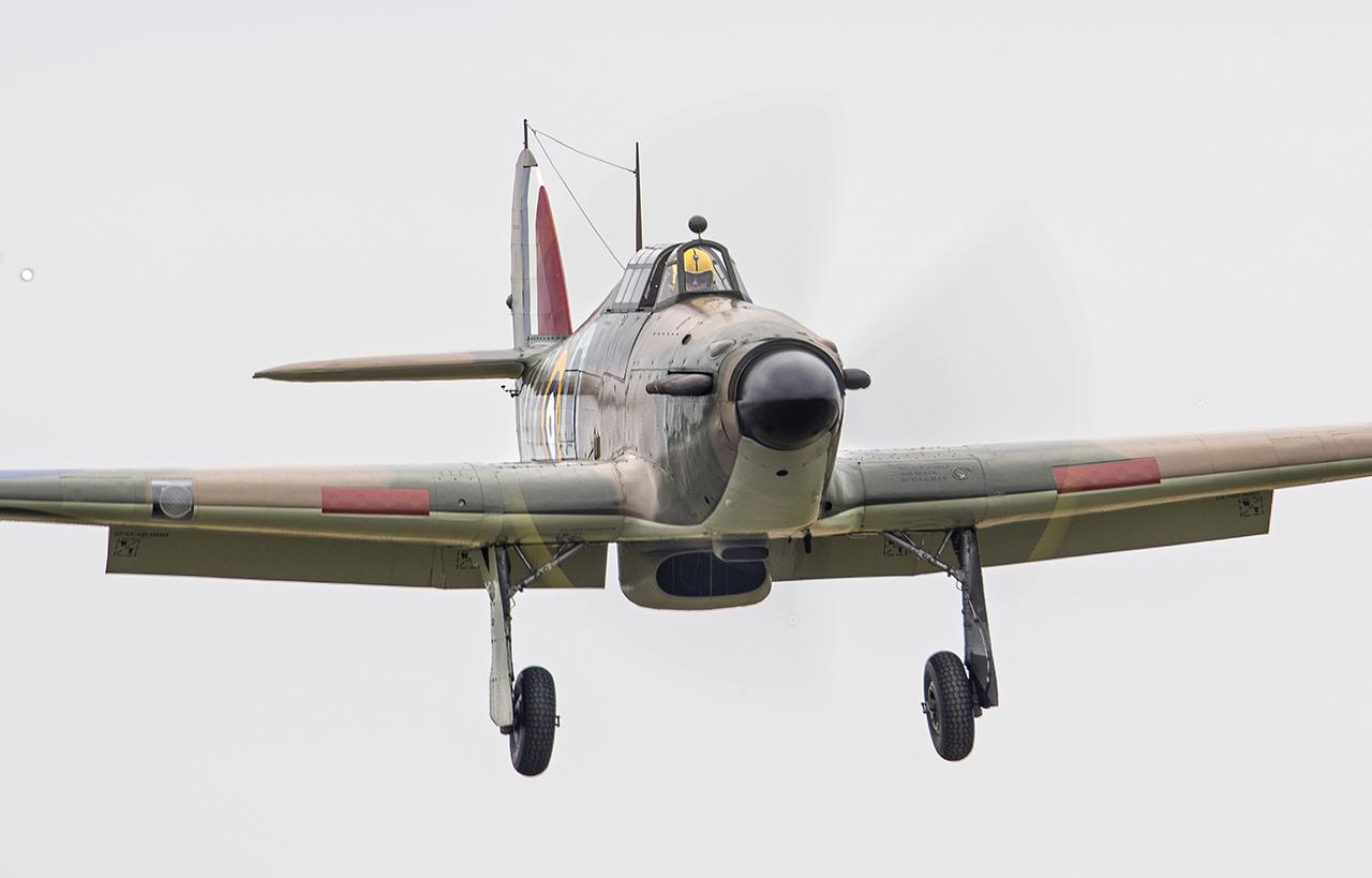 IMAGE: http://markfingar.com/photogallery/Aircraft/MAM_WOTB_2016/HH_Approach-1.jpg