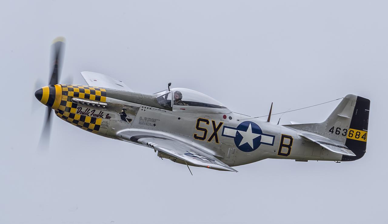 IMAGE: http://markfingar.com/photogallery/Aircraft/MAM_WOTB_2016/P51_fb-1.jpg