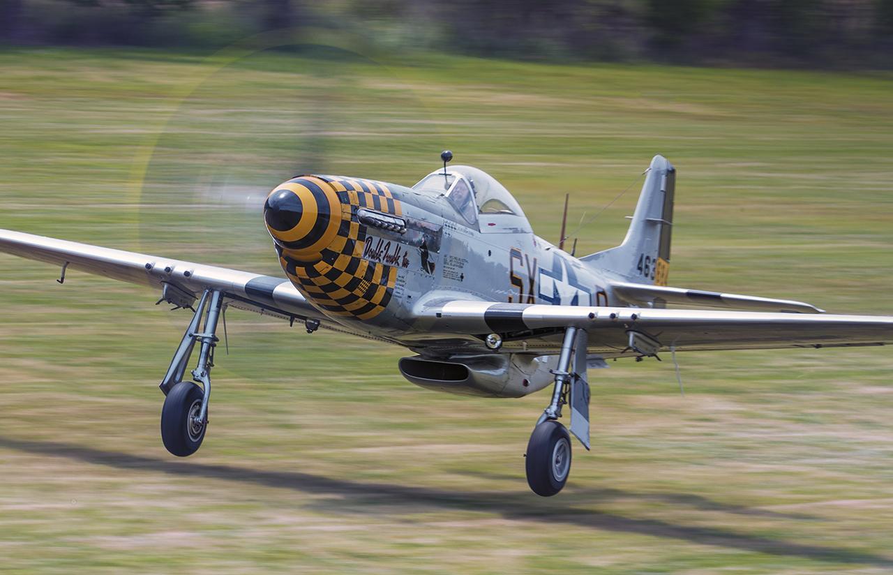 IMAGE: http://markfingar.com/photogallery/Aircraft/MAM_WOTB_2016/P51_to.jpg