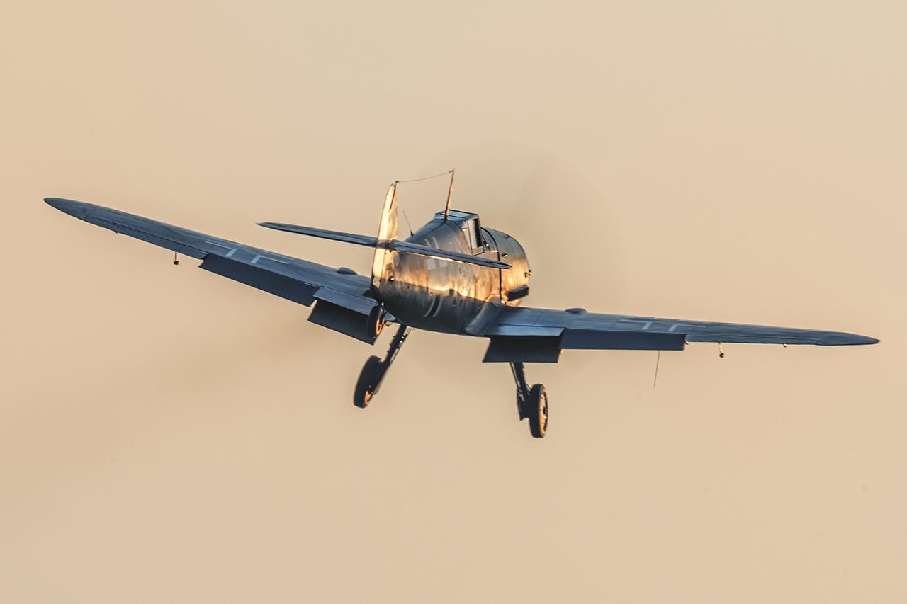 IMAGE: http://markfingar.com/photogallery/Aircraft/MAM_WOTB_2016/Proms/BF109_ss.jpg