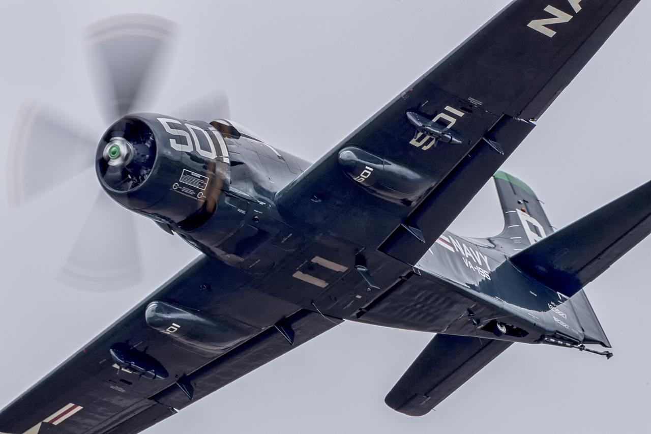 IMAGE: http://markfingar.com/photogallery/Aircraft/MAM_WOTB_2016/SRaider_fb.jpg