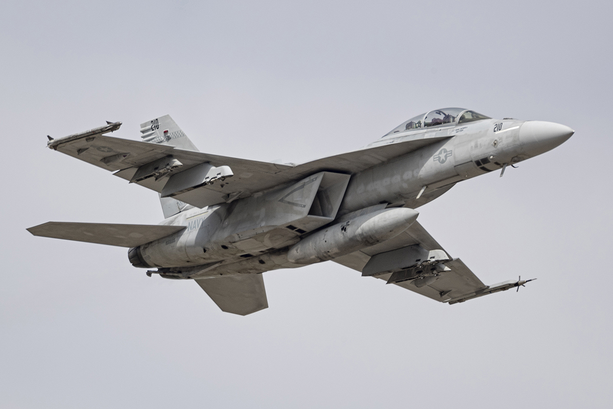 IMAGE: http://markfingar.com/photogallery/Aircraft/OCEANA_2017/SB/NAS_O_51017_5.jpg