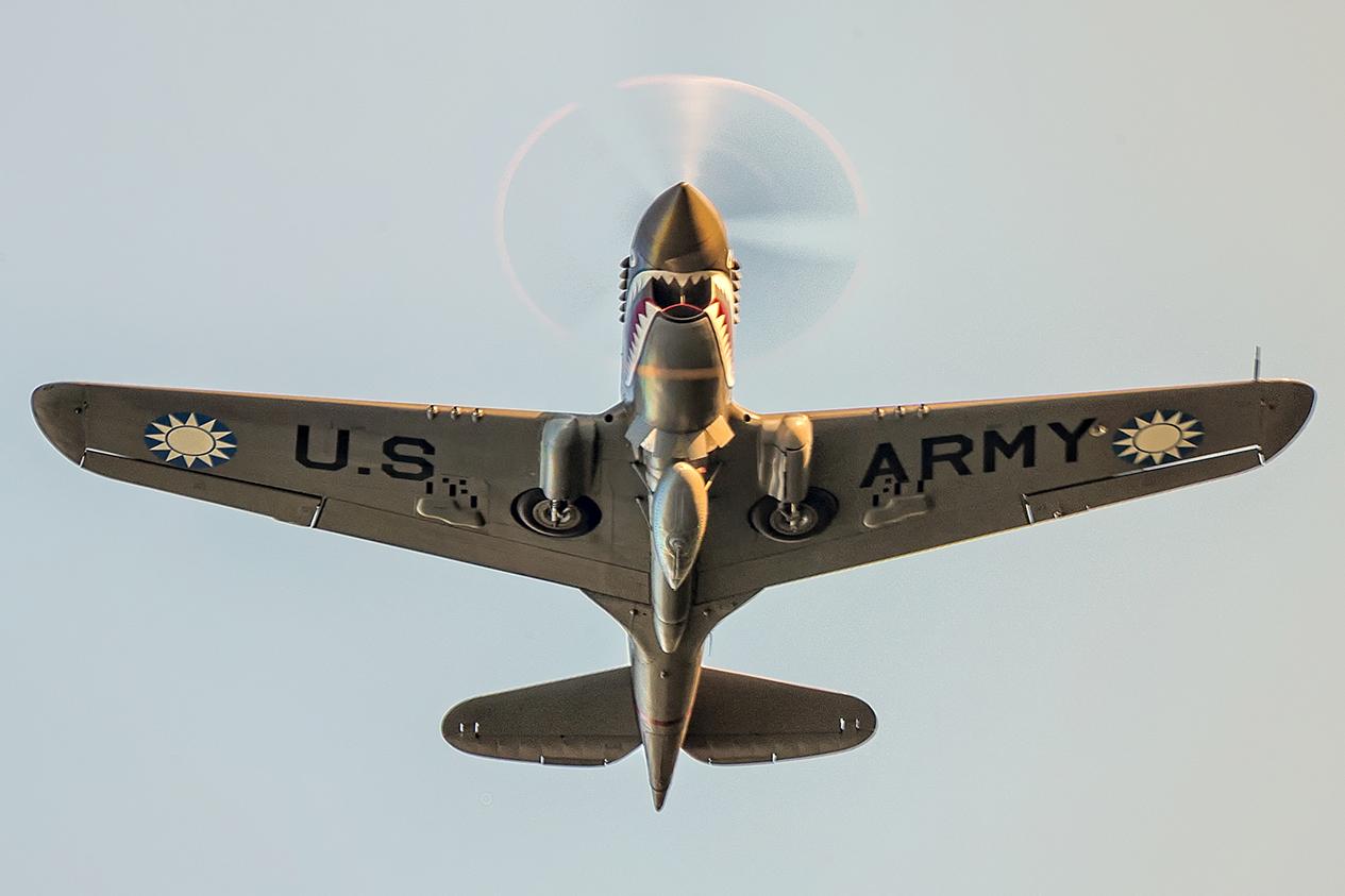 IMAGE: http://markfingar.com/photogallery/Aircraft/Proms_2017/P40-11.jpg
