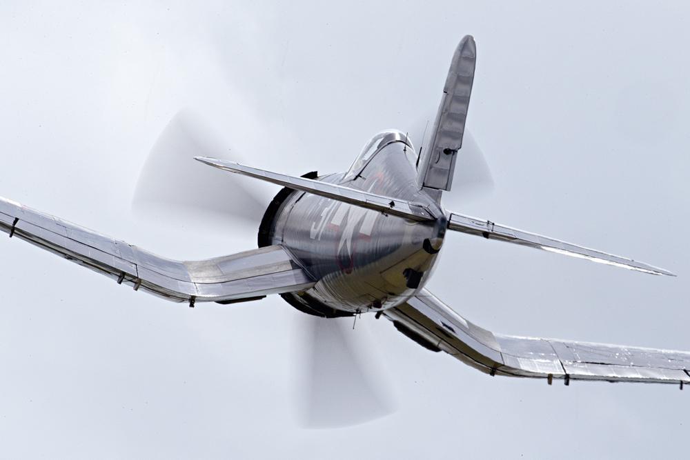 IMAGE: http://markfingar.com/photogallery/Aircraft/VAWB2014/VAWBF4U_FB-2.jpg