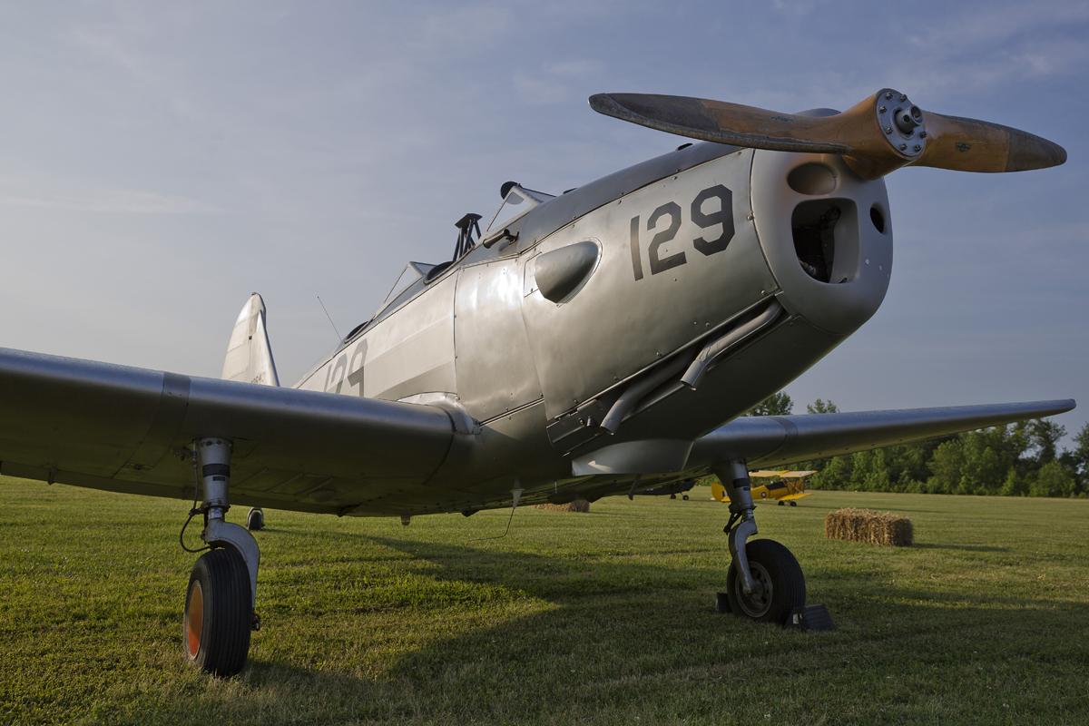 IMAGE: http://markfingar.com/photogallery/Aircraft/VAWM_2015/bef.jpg